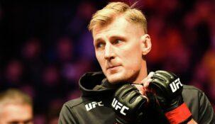 Александр Волков заключил новое соглашение с UFC